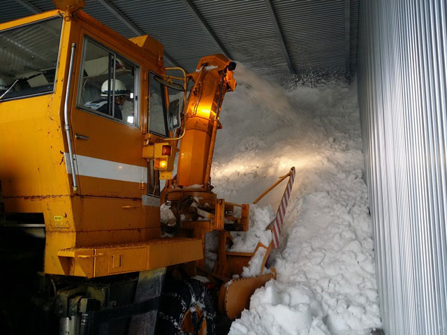 鶴齢の雪室